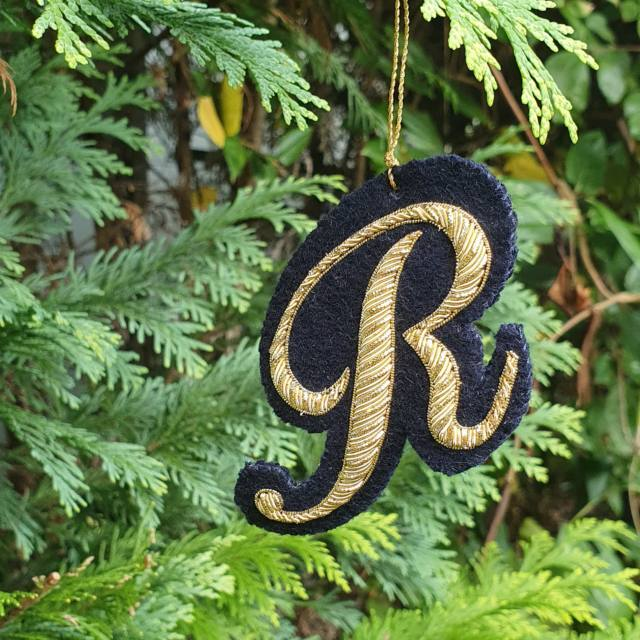 Gold work, goldwork, Monogram, Pearle Purl, Wire, Monogramming, Lettering, Chipping, embellishments, product outcome, online class, Accessories, Decoration