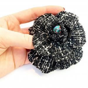 fabric flower, tweed flower, boucles tweed, black and white, silk flower making, artifical flowers,