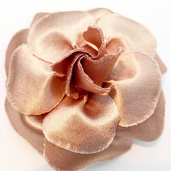 flower pins, outcome products, accessories, fabric manipulation flowers, fabric flowers, Camellia, rose, pink flower