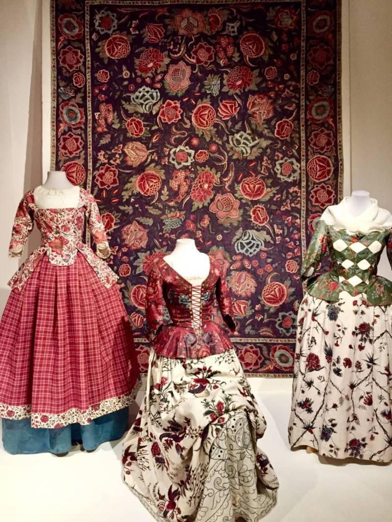 dresses, Chintz, patterns, rug, museum