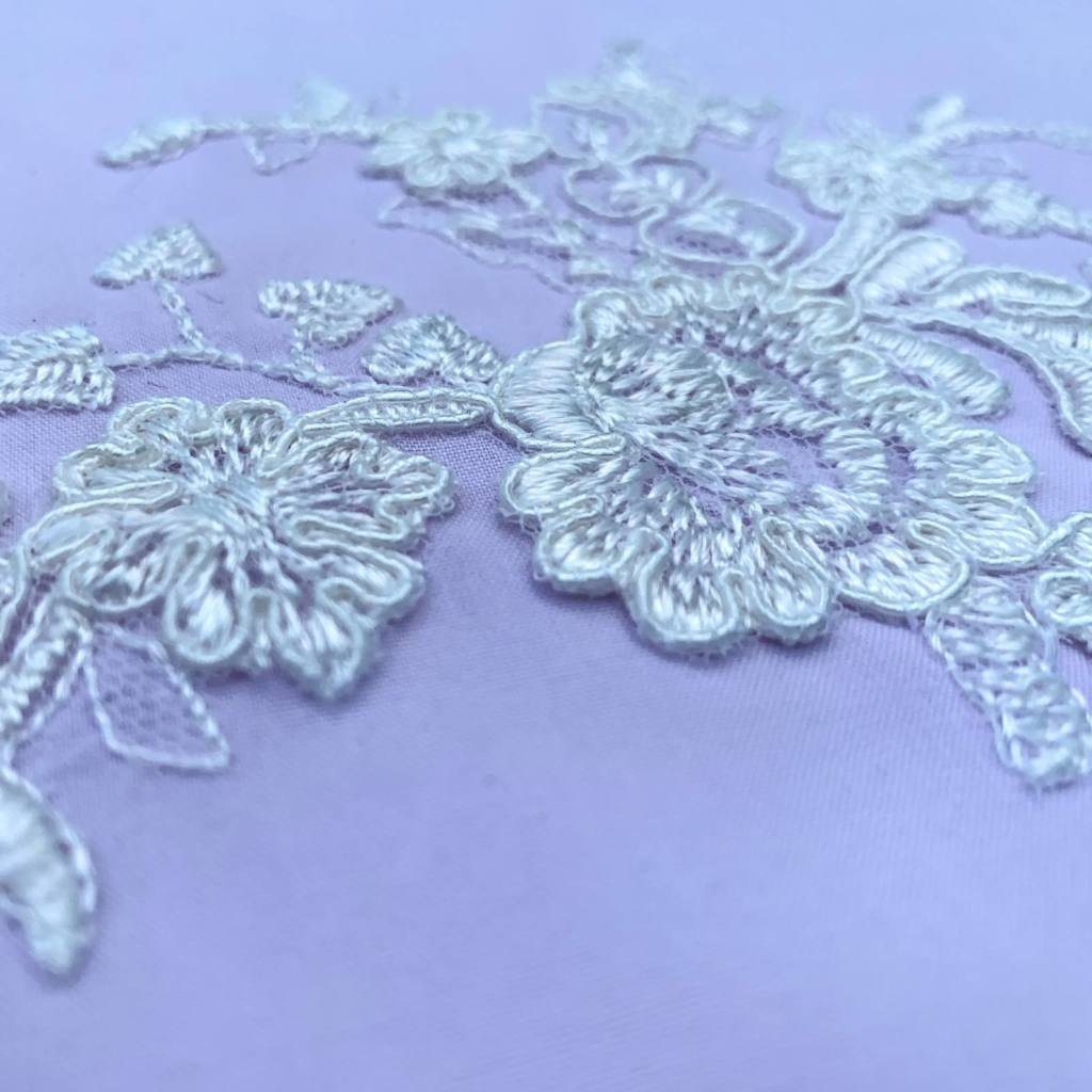embrodiered lace detail